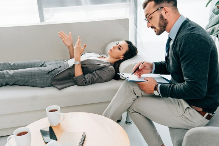 What Is Psychodynamic Therapy And What Are The Benefits?